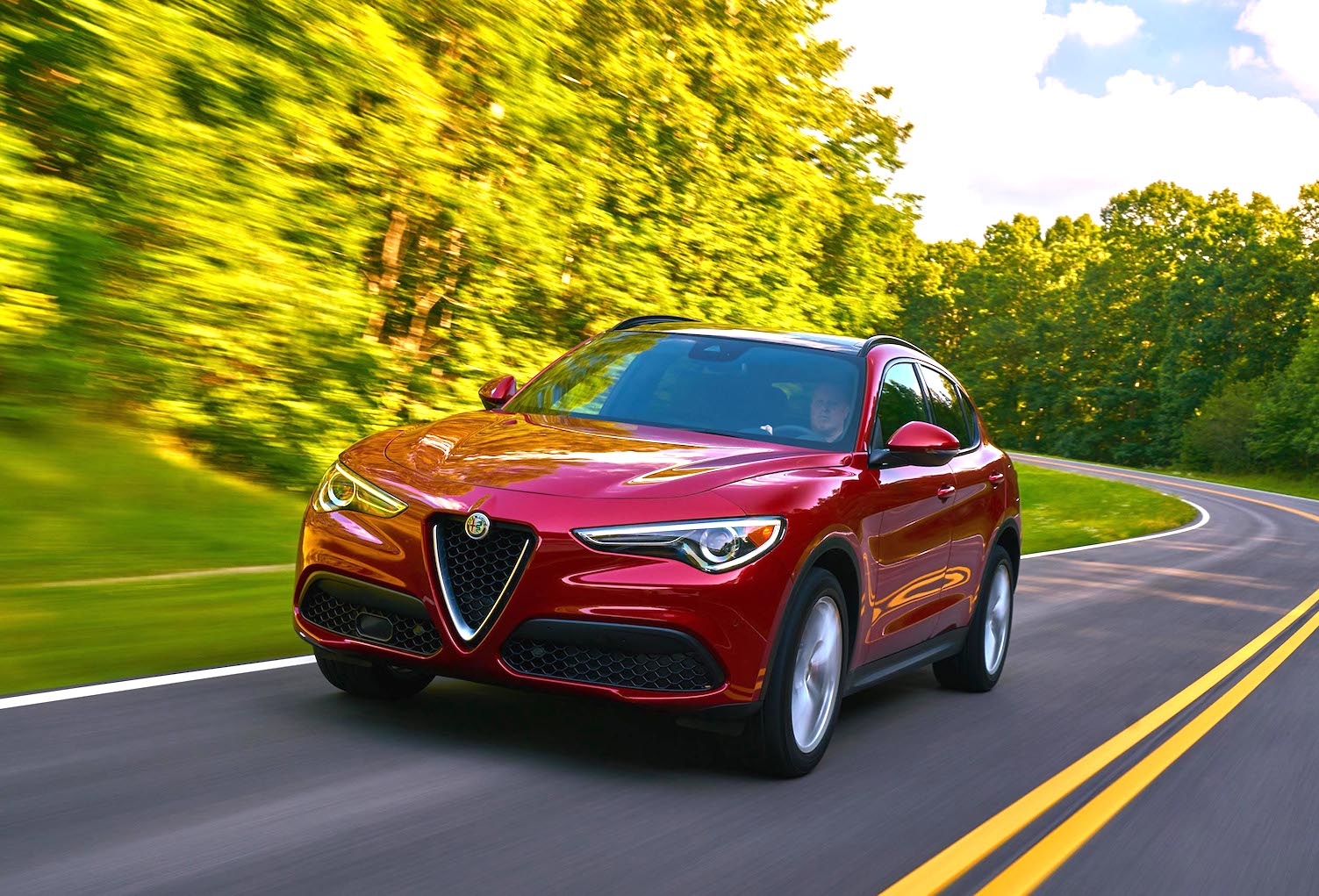 Alfa Romeos Suv For The S Curves Palm Beach Illustrated Romeo Sound Has To Be Its Italian Ness Just Mouthing Words Rom Ey Oh Ideally With A Shrug Of Shoulders Makes You Like Cast